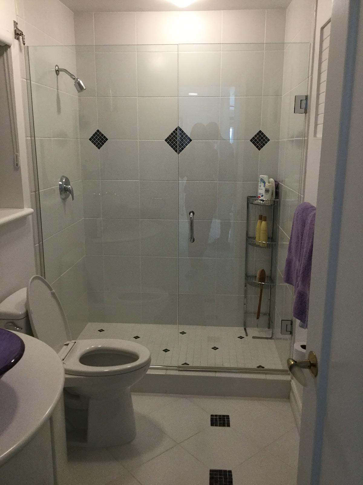 Bath #1 Before