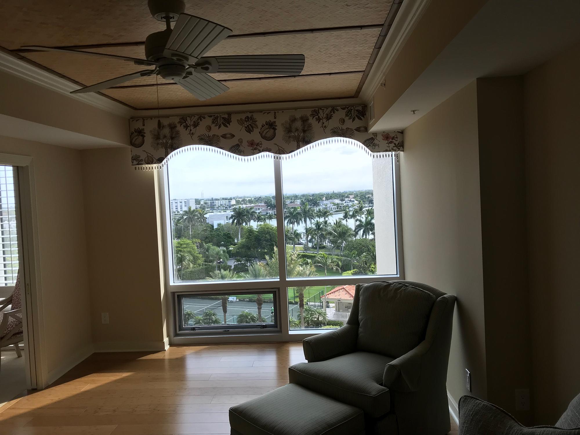 Guest Bedroom 3 Window Nook Before